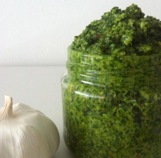 http://www.foodthinkers.com.au/images/easyblog_images/451/kale-almond-pesto-4.jpg