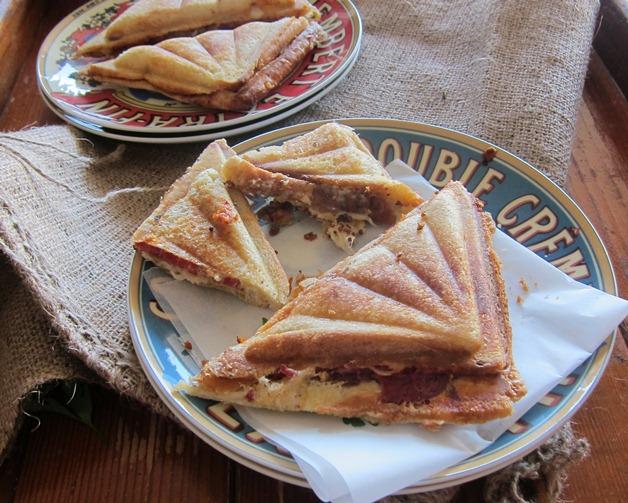 http://www.foodthinkers.com.au/images/easyblog_images/456/Jill-Dupleix-jaffle-Recipe-768x503.jpg