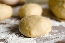 http://www.foodthinkers.com.au/images/easyblog_images/456/b2ap3_thumbnail_Cauliflower-pizza-Dough768x503.jpg