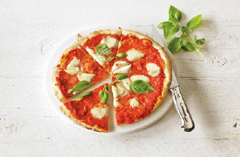 http://www.foodthinkers.com.au/images/easyblog_images/473/Margherita-Pizza.jpg