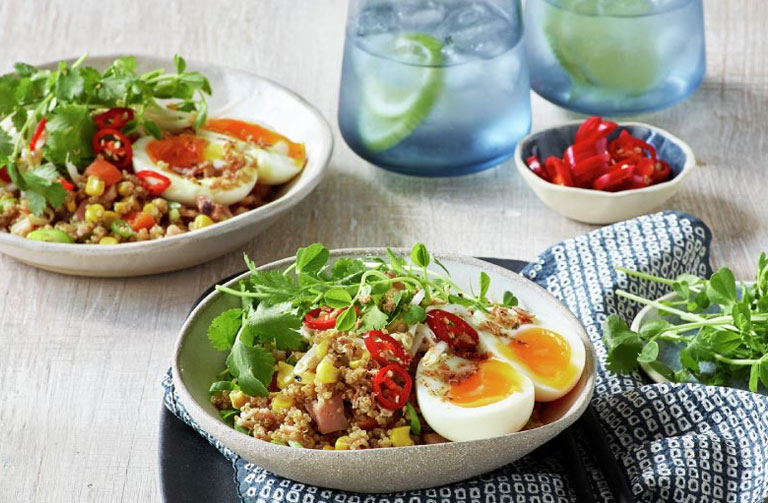http://www.foodthinkers.com.au/images/easyblog_shared/Blogs/asian-quinoa-bow.jpg