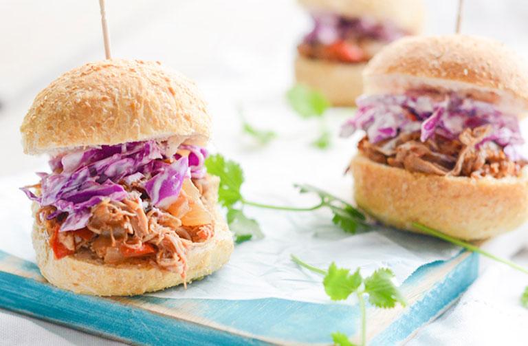 http://www.foodthinkers.com.au/images/easyblog_shared/Recipes/Pulled_pork.jpg