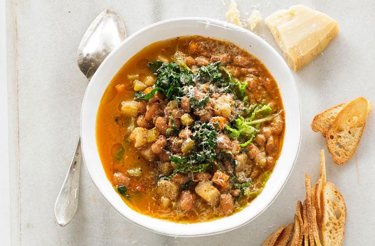 http://www.foodthinkers.com.au/images/easyblog_shared/Recipes/Ribollita-Toscana-Soup-768-x-503.jpg