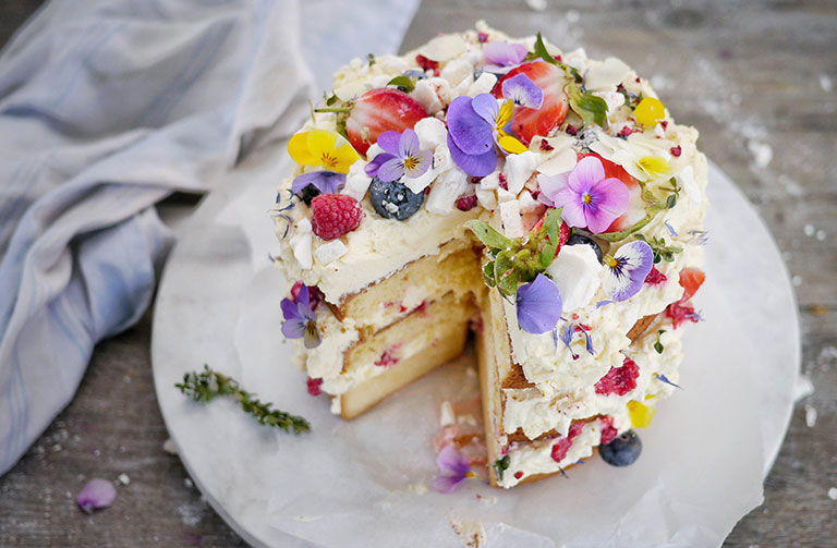 http://www.foodthinkers.com.au/images/easyblog_shared/Recipes/Smash-Pav-Cake.jpg
