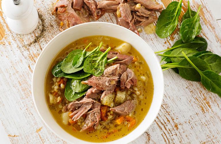 http://www.foodthinkers.com.au/images/easyblog_shared/Recipes/Veal-shank-barley-soup-768-x-503.jpg
