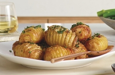 http://www.foodthinkers.com.au/images/easyblog_shared/Recipes/b2ap3_thumbnail_Crispy-Garlic-Hasselback-Potatoes-02.jpg