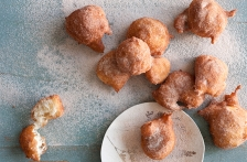 http://www.foodthinkers.com.au/images/easyblog_shared/Recipes/b2ap3_thumbnail_cinnamon-doughnuts-sufganiyot.jpg