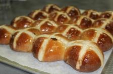 http://www.foodthinkers.com.au/images/easyblog_shared/Recipes/b2ap3_thumbnail_hot-cross-bun.jpg