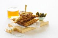 http://www.foodthinkers.com.au/images/easyblog_shared/Recipes/b2ap3_thumbnail_jaffle-reuben-and-cornichons.jpg