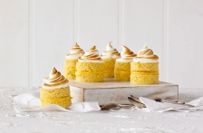 http://www.foodthinkers.com.au/images/easyblog_shared/Recipes/b2ap3_thumbnail_little-lemon-meringue-cakes.jpg
