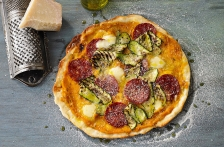 http://www.foodthinkers.com.au/images/easyblog_shared/Recipes/b2ap3_thumbnail_salami-zucchini-and-fior-di-latte-mozzarella-pizza.jpg