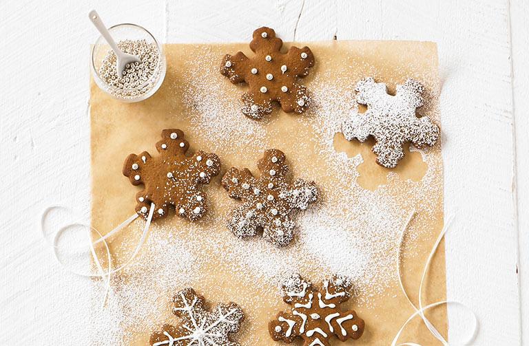 http://www.foodthinkers.com.au/images/easyblog_shared/Recipes/gingerbread-snowflake.jpg