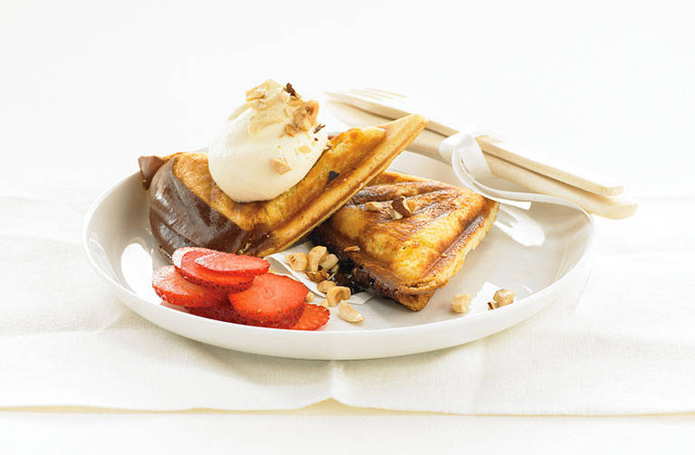 http://www.foodthinkers.com.au/images/easyblog_shared/Recipes/jaffle-chocolate-and-hazelnut-fondant.jpg