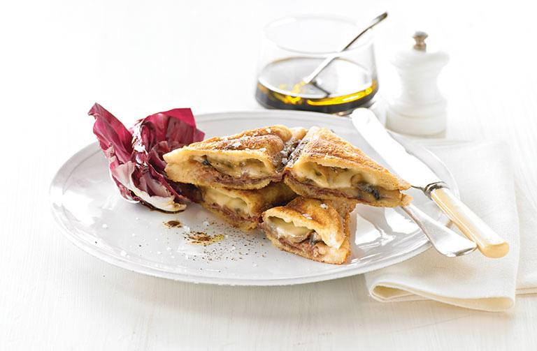 http://www.foodthinkers.com.au/images/easyblog_shared/Recipes/jaffle-garlic-mushrooms-taleggio-and-prosciutto.jpg