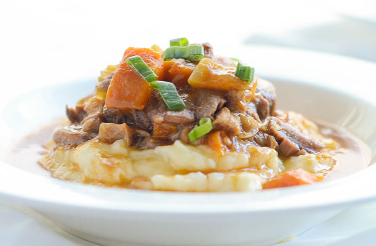 http://www.foodthinkers.com.au/images/easyblog_shared/Recipes/lamb_shanks.jpg