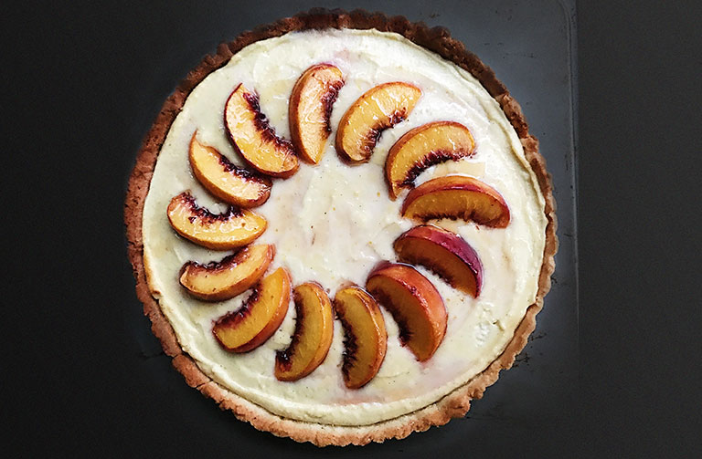 http://www.foodthinkers.com.au/images/easyblog_shared/Recipes/peach-and-ricotta-tart_20170411-233709_1.jpg
