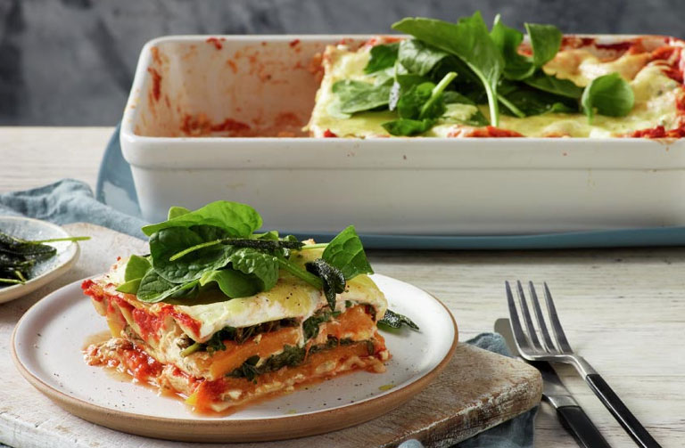 http://www.foodthinkers.com.au/images/easyblog_shared/Recipes/pumpkin-spinach-and-ricotta-lasagne.jpg