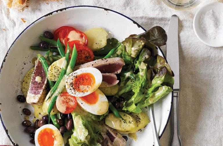 http://www.foodthinkers.com.au/images/easyblog_shared/Recipes/salad_nicoise_precision_poacher_precision_poacher.jpg
