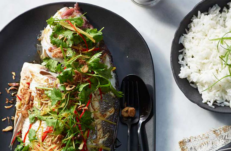 http://www.foodthinkers.com.au/images/easyblog_shared/Recipes/steamed-whole-snapper.jpg