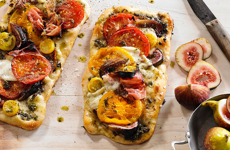 http://www.foodthinkers.com.au/images/easyblog_shared/Recipes/tomato-basil-and-fig-pizza.jpg