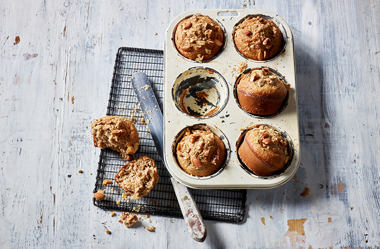 http://www.foodthinkers.com.au/images/easyblog_shared/Recipes/wholemeal-banana-muffins.jpg